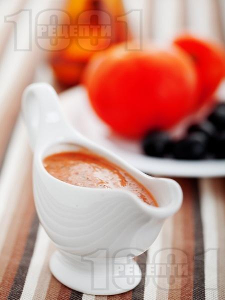 Сос от пресни домати и маслини - снимка на рецептата